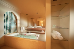 Juweira Boutique hotel Oman Salalah Suite bathroom