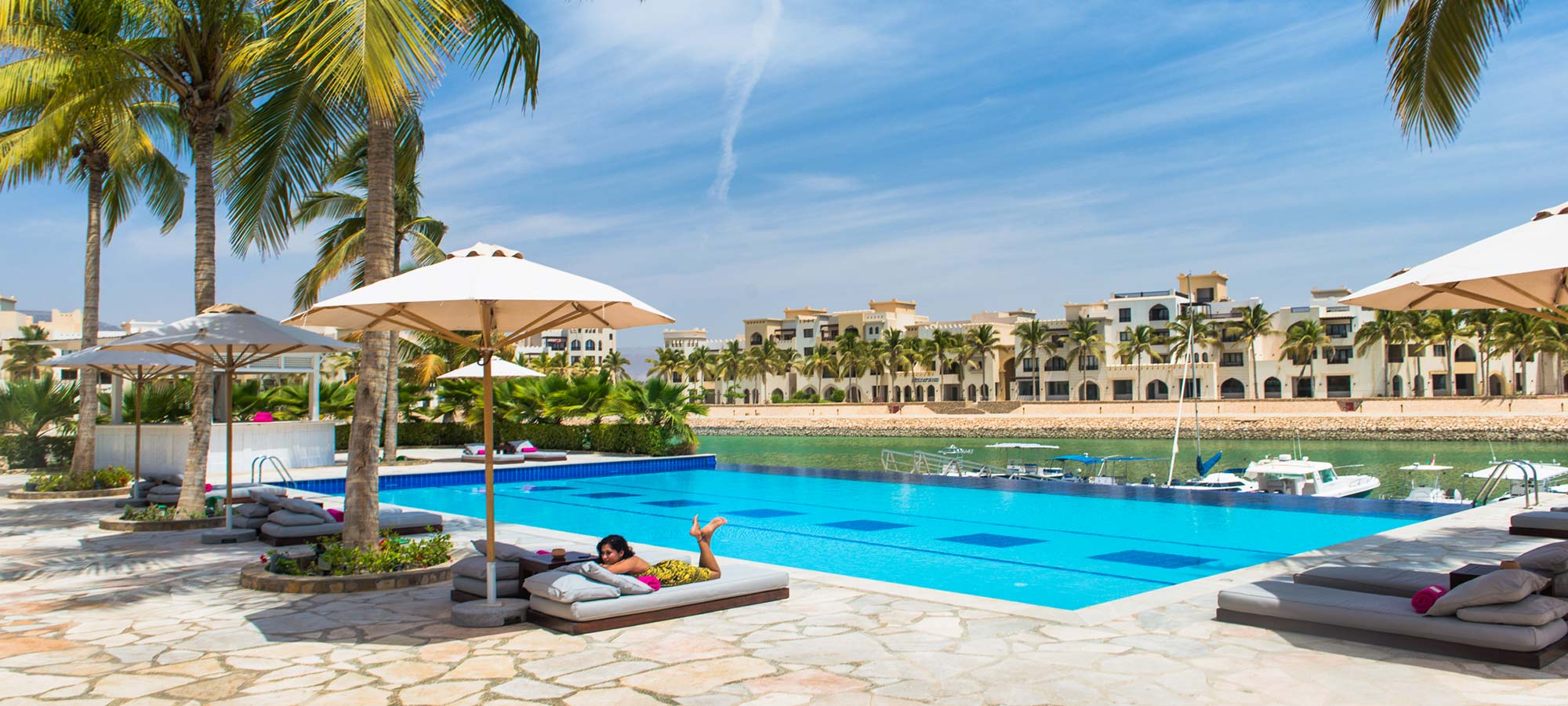 Juweira Hotel Oman Swimming Pool