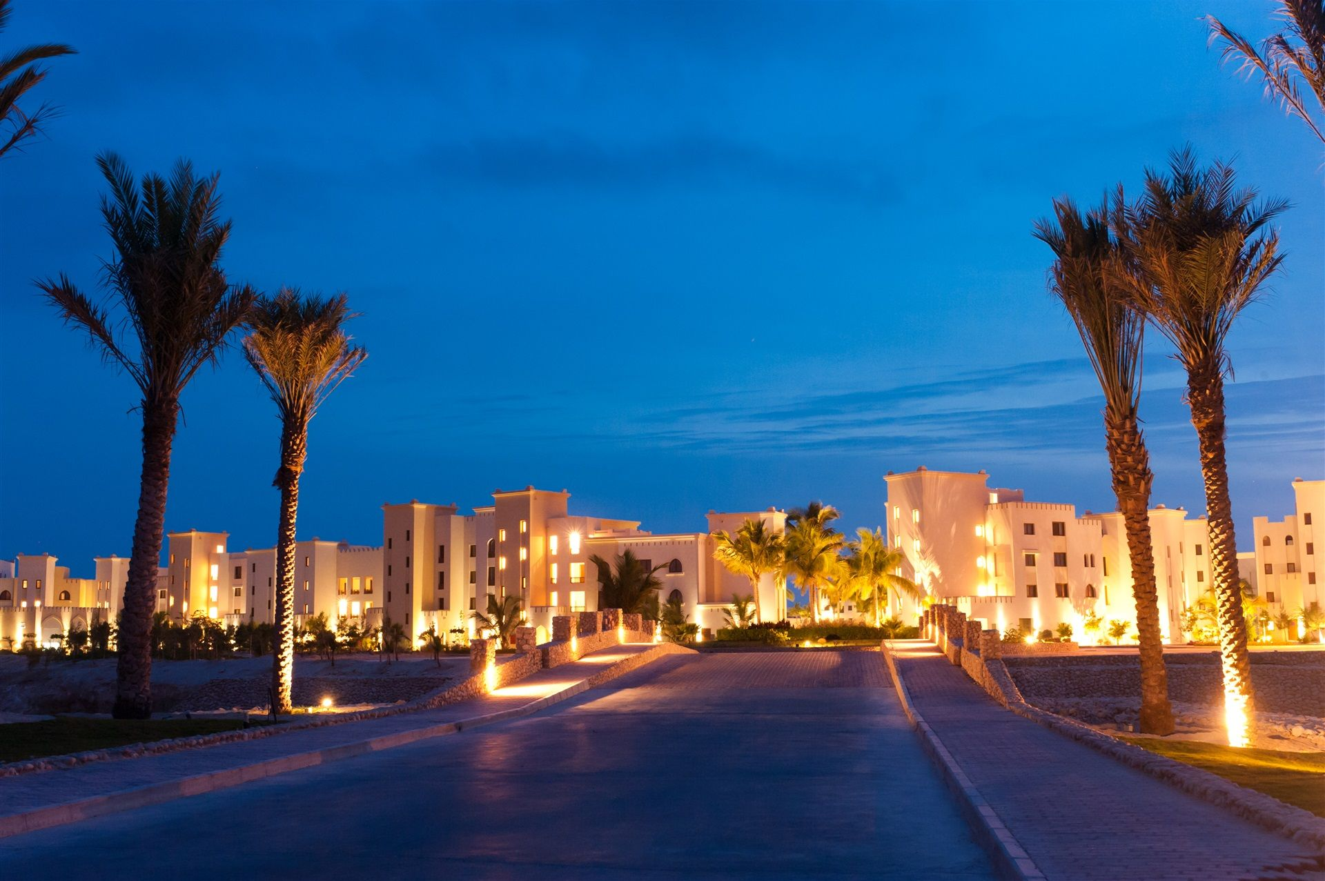 Juweira Boutique Hotel: Salalah-beach-marina-entrance